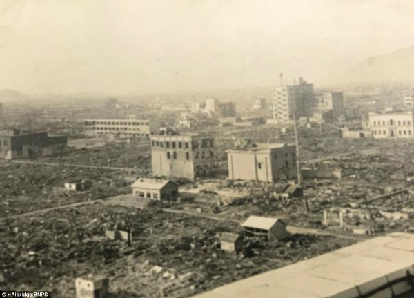 بمباران اتمی هیروشیما