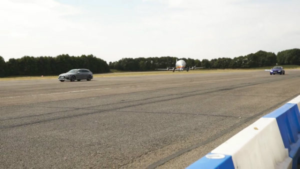 BMW M3 CS vs Audi RS4 - review & DRAG RACE, ROLLING RACE & BRAKE TEST 2