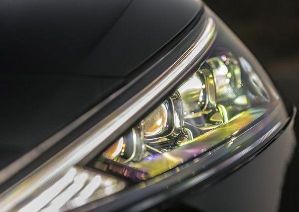 Hyundai-Elantra-2019 (36)
