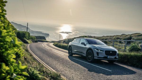 Jaguar I-Pace Driving range (16)