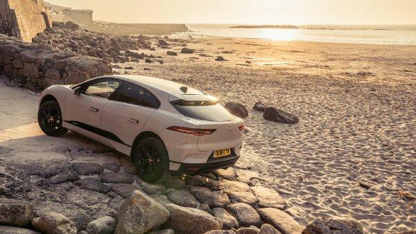 Jaguar I-Pace Driving range (15)