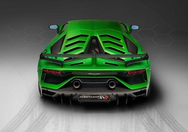 Lamborghini-Aventador_SVJ-2019 (16)