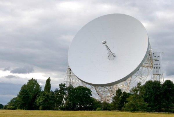 هکرها می توانند سیستم های ماهواره ای را به سلاح های مایکروویو تبدیل کنند