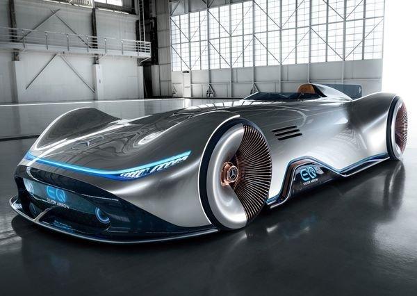 Mercedes-Benz-Vision_EQ_Silver_Arrow_Concept-2018 (2)