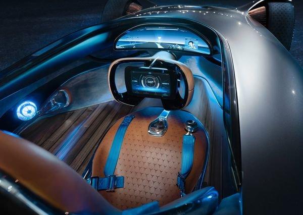 Mercedes-Benz-Vision_EQ_Silver_Arrow_Concept-2018 (24)