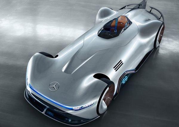 https://digiato.com/wp-content/uploads/2018/08/Mercedes-Benz-Vision_EQ_Silver_Arrow_Concept-2018-3.jpg