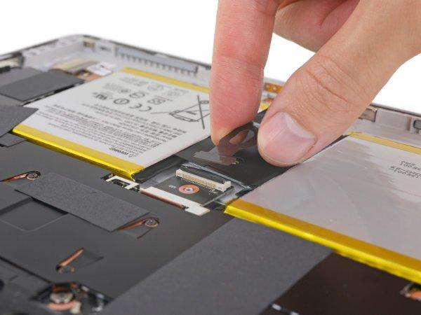 Surface Go 3 - کالبد شکافی سرفیس گو خبر از امتیاز تعمیر پذیری بسیار پایین می دهد