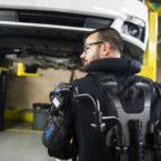 کارگران شرکت فورد به اسکلت خارجی EksoVest مجهز می شوند [تماشا کنید]