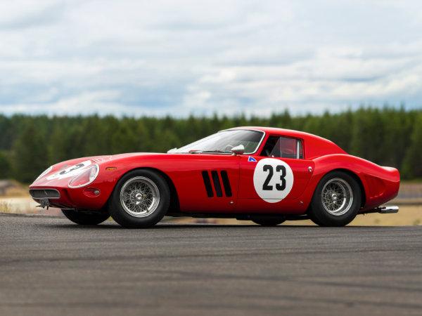 1. فراری 250 GTO مدل 1962 – فروخته شده به قیمت 48.4 میلیون دلار توسط حراجی RM Sotheby's در سال 2018