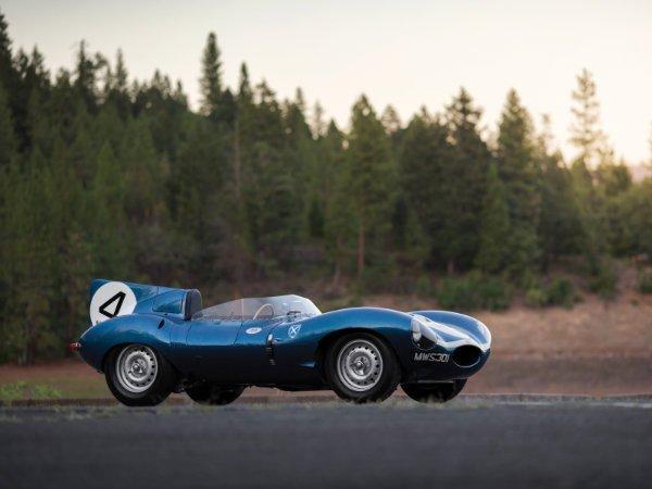 11. جگوار D-Type مدل 1955 – فروخته شده به قیمت 21.78 میلیون دلار توسط حراجی Sotheby's در سال 2016
