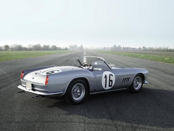 15. فراری 250 GT LWB California Spider Competizione by Scaglietti مدل 1959 – فروخته شده به قیمت 17.99 میلیون دلار توسط حراجی RM Sotheby's در سال 2017