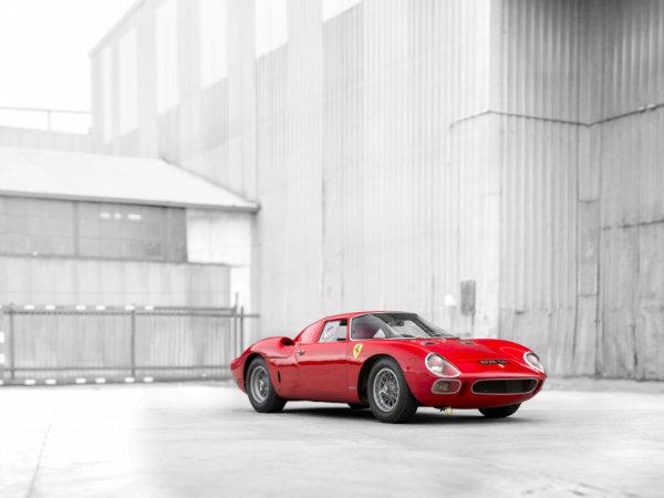 16. فراری 250 LM by Scaglietti مدل 1964 – فروخته شده به قیمت 17.6 میلیون دلار توسط حراجی RM Sotheby's در سال 2015