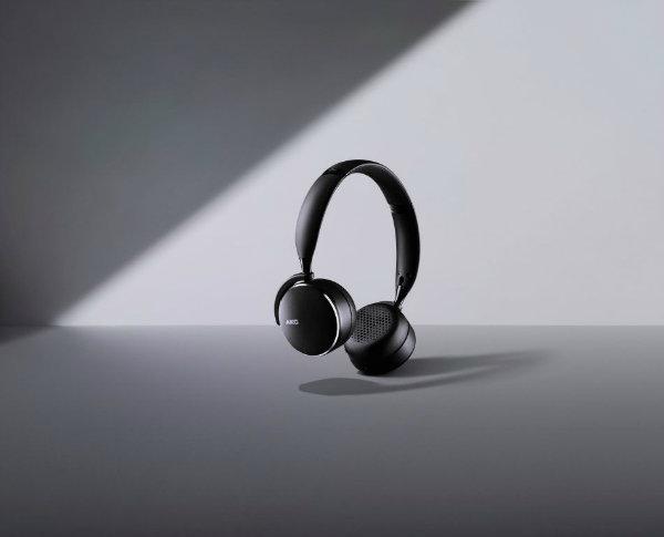 AKG Y500 ProductHero 950x768 - سامسونگ از هدفون های بیسیم AKG با کیفیت صدای استودیویی رونمایی کرد