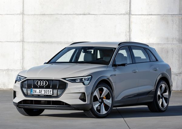 Audi-e-tron-2020 (11)