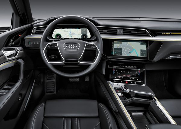 Audi-e-tron-2020 (24)