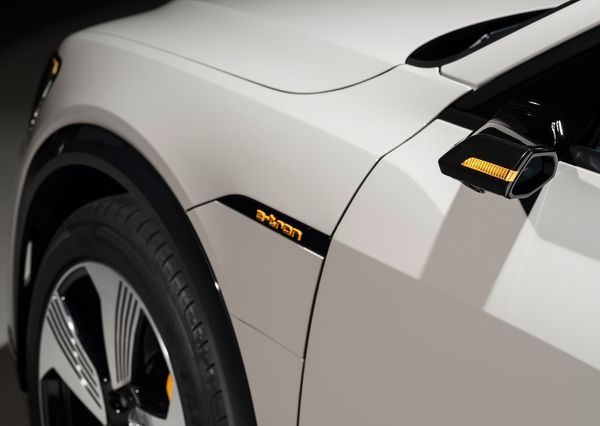 Audi-e-tron-2020 (27)