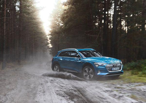 Audi-e-tron-2020 (5)