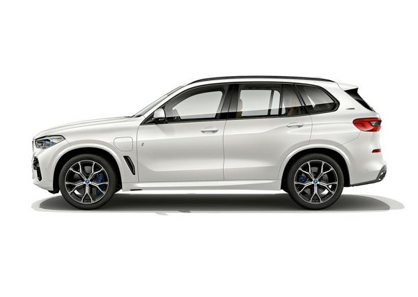 BMW-X5_xDrive45e_iPerformance-2019 (2)