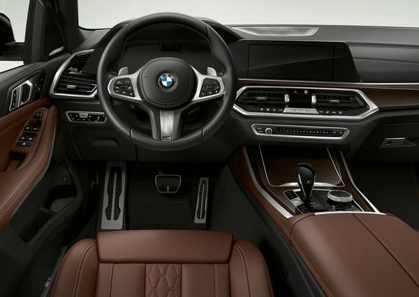 BMW-X5_xDrive45e_iPerformance-2019 (4)