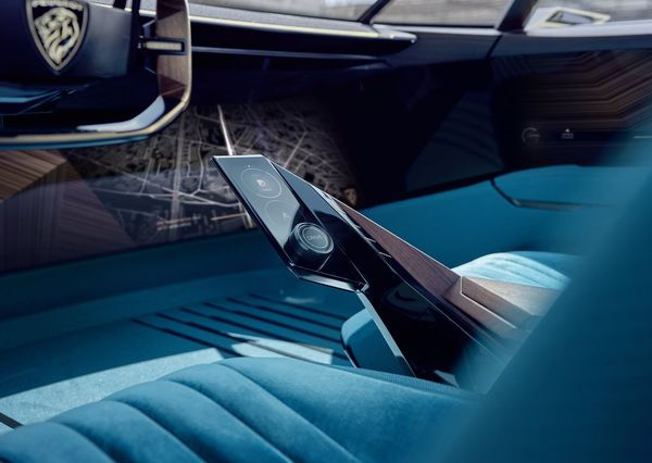Peugeot-e-Legend_Concept-2018 (26)