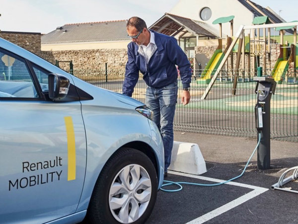 Renault is creating France's first 'smart island' (3)