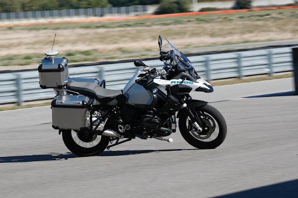 autonomous-bmw-r-1200-gs-allows-systems-testing-at-no-risk-for-the-rider_2