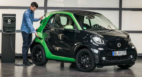 smart-fortwo-electric-drive-0