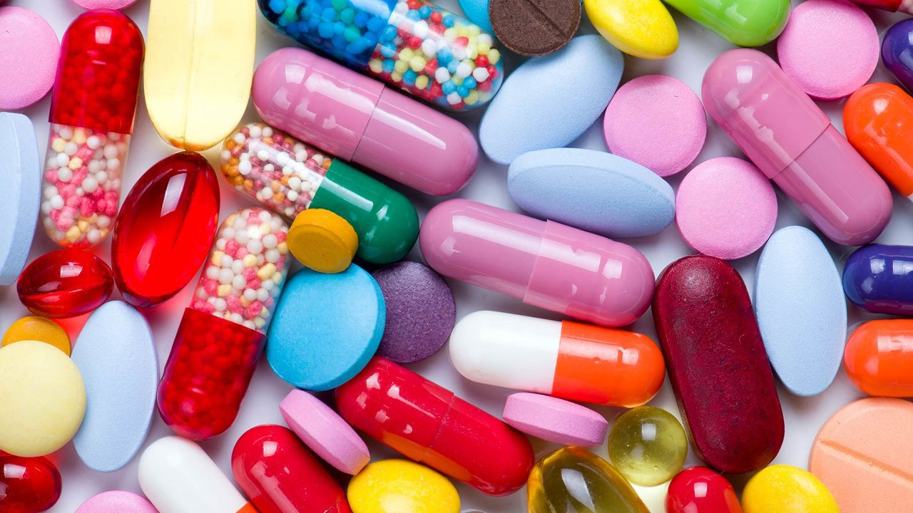 فروش آنلاین دارو تحت نظر وزارت بهداشت درمان و آموزش پزشکی انجام شود