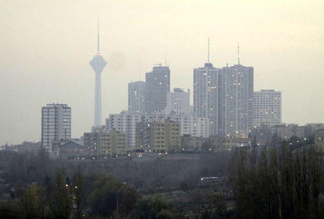 رد پای تغییرات نرخ ارز در آلودگی هوا؛ از کمبود کاتالیست تا احتمال کاهش کیفیت بنزین