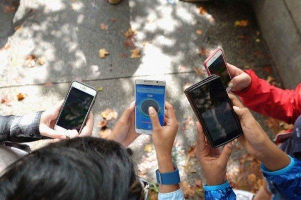 موبایل در مدارس