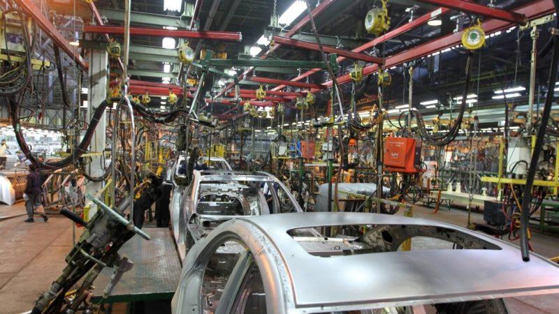 بدهی خودروسازان به قطعهسازان در مرز ۲۰ هزار میلیارد تومان