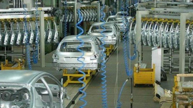 نا امیدی محتکران؛ هجوم فروشندگان به بازار خودرو + جدول قیمت