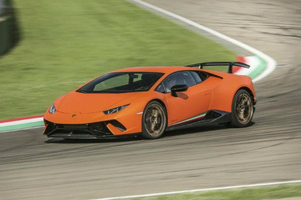 برترین خودرو سال 2018 از دید جرمی کلارکسون؛ جذاب ترین محصول ایتالیایی با مهندسی آلمانی