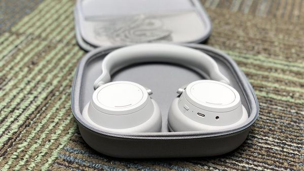 microsoft surface headphones 36 - هدفون سرفیس مایکروسافت معرفی شد