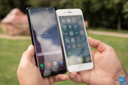 خرید گوشی سامسونگ یا آیفون؛ کدام بهتر است؟