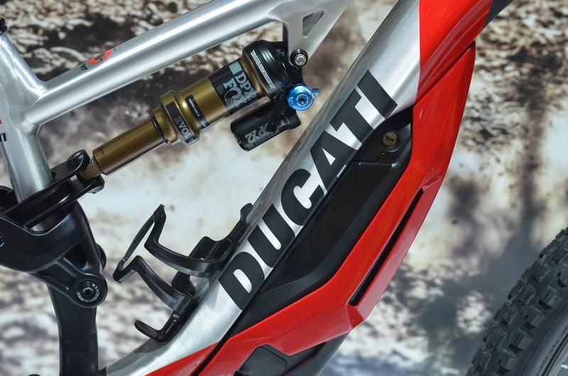 دوچرخه برقی کوهستان