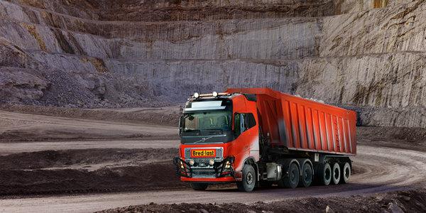 Driverless-Volvo-Truck