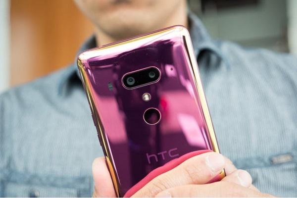 نام HTC روی گوشیهای دیگر شرکتهای هندی حک میشود