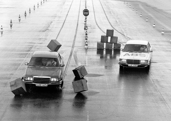 Mercedes-Benz ABS test