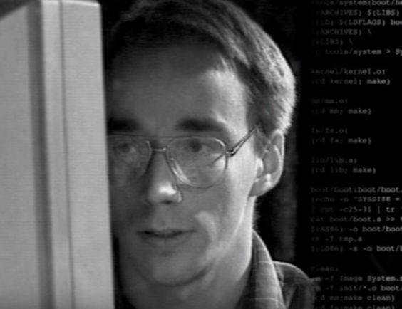 خالق لینوکس