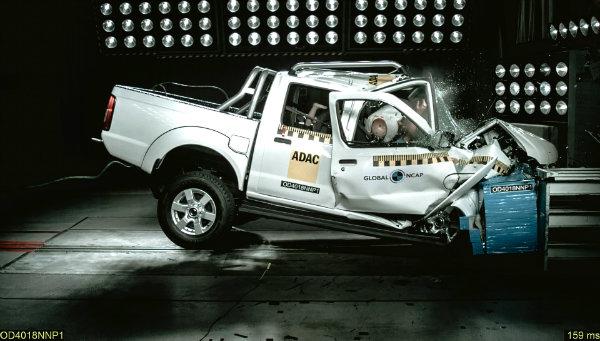 nissan hardbody pickup receives zero stars from global ncap 130033 1 تست تصادف پیکاپ چینی گریت وال استید 5 (وینگل) با صفر ستاره ایمنی [تماشا کنید] اخبار IT