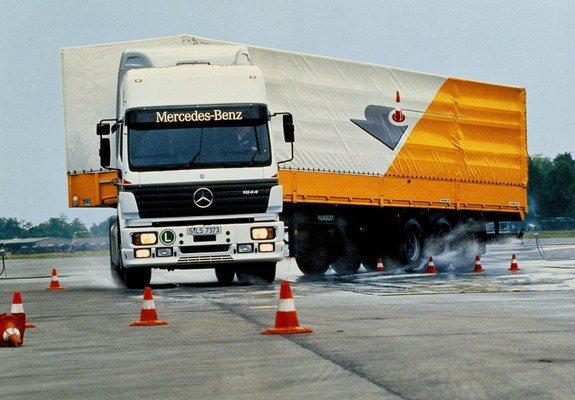 photos_mercedes-benz_sk-series_trucks_1988_1_b