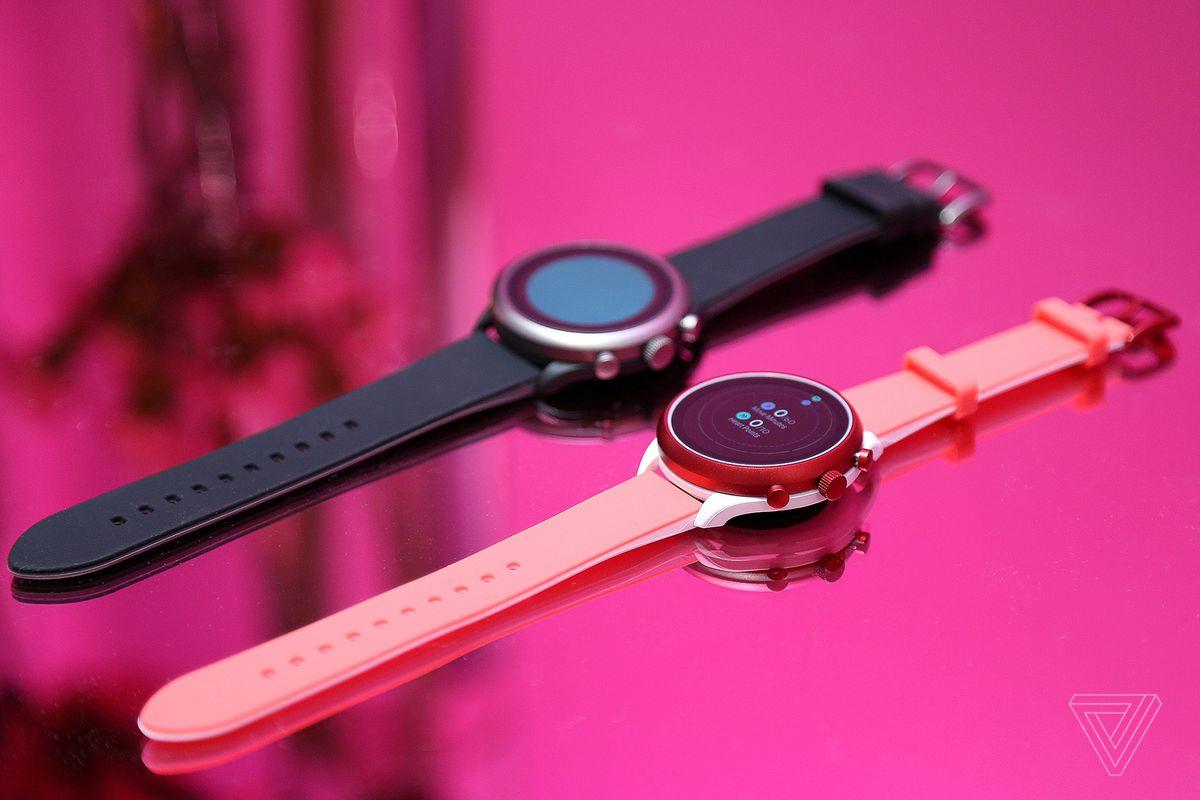 ساعت هوشمند فاسیل اسپرت