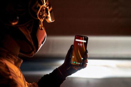 آغاز همکاری نارنجی وان پلاس و مک لارن با عرضه موبایلی سریع