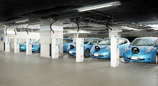 Nissan LEAF Electric Vehicles are Powering Office Buildings in Japan