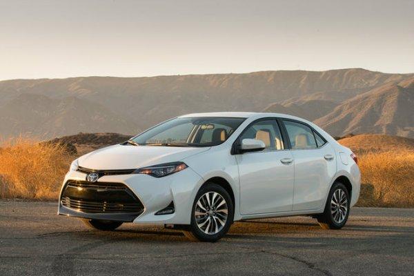 2017_Toyota_Corolla_ECO_026