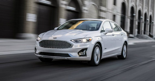 55ade183-2019-ford-fusion-768x399