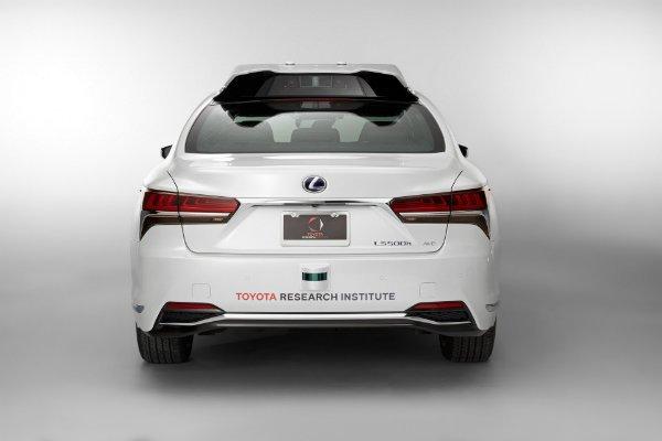 6a6e6f6c-lexus-tri-p4-automated-driving-test-vehicle-5