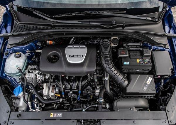 Hyundai-Elantra_GT_N-line-2019 (1)