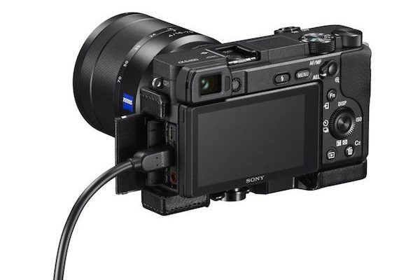 دوربین کامپکت بدون آینه a6400